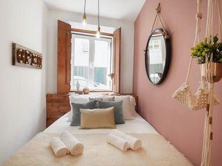 Rafaela Fraga Brás Design de Interiores & Homestyling Phòng ngủ phong cách chiết trung Gỗ Wood effect