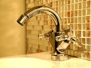 Baño de Espejos BARASONA Diseño y Comunicacion Baños de estilo clásico