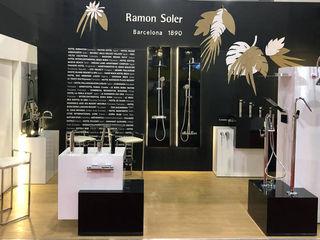 Stand Expo Cihac México para Ramon Soler BARASONA Diseño y Comunicacion Diseño de ferias de estilo minimalista