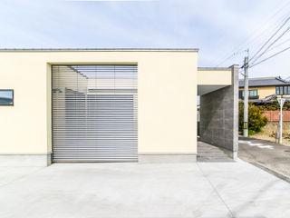 ナイトウタカシ建築設計事務所 Modern Houses White