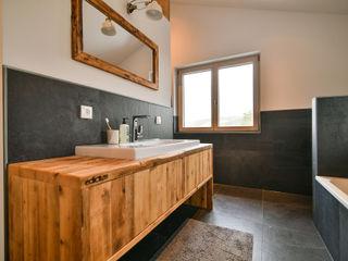 Schlafzimmer & Badezimmer edictum - UNIKAT MOBILIAR BadezimmerWaschbecken Fliesen Schwarz