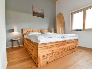 Schlafzimmer & Badezimmer edictum - UNIKAT MOBILIAR Sauna Holz Grau