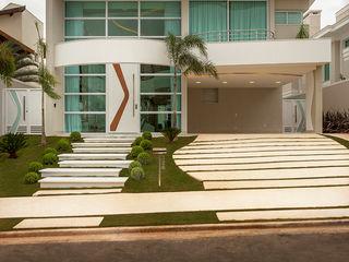 Designer de Interiores e Paisagista Iara Kílaris Maison individuelle