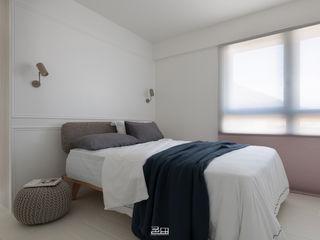 邑田空間設計 Minimalist bedroom White