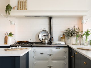 The Marlow Kitchen by deVOL deVOL Kitchens Вбудовані кухні Синій