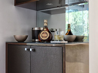 ALUA - Arquitectura de Interiores HouseholdStorage Wood