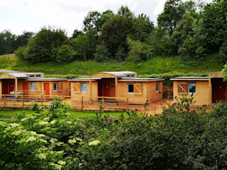 Outposts Accomodation Launch Building With Frames Modern Houses Wood
