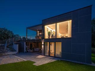 AL ARCHITEKT - in Wien Casas modernas: Ideas, imágenes y decoración