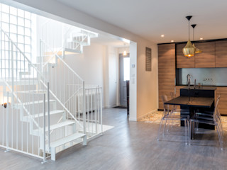 Un escalier original dans une maison de ville de 83 m2 Créateurs d'Interieur Escalier