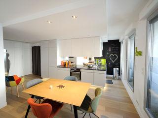 Aménagement de A à Z d'un appartement 4 pièces de 85m2 Créateurs d'Interieur Salle à manger minimaliste
