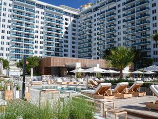 1 Hotel South Beach, Miami Beach Home Renovation Piscinas