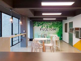AU Lab Modern style study/office White