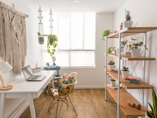 Casa de Tres Study/office