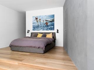 MIROarchitetti Dormitorios de estilo moderno
