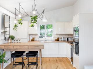 WN Interiors + WN Store Skandinavische Küchen