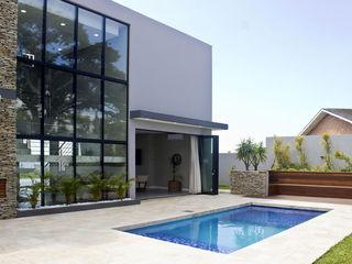 Barnard & Associates - Architects مسبح حديقة