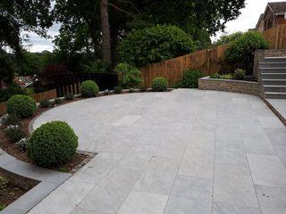 Sloping Garden Design, Sandhurst, Berkshire Linsey Evans Garden Design