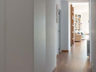 osb arquitectos Koridor & Tangga Modern White