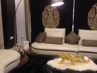 7WD Design Studio Salas de estar modernas Madeira Castanho