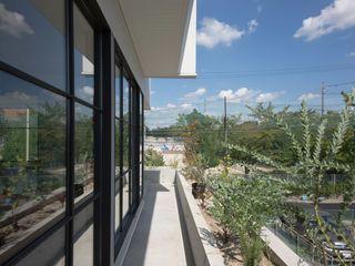 CO2WORKS Balcony Concrete Grey