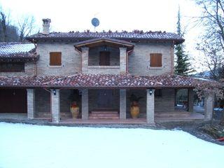 ZINI DINO SRL Двускатные крыши Твердая древесина