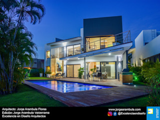 Casa Vista Lagos Excelencia en Diseño Casas modernas Blanco