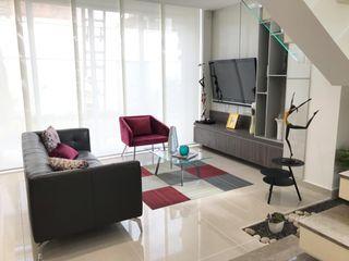 B-House by elvira Гостиницы в стиле модерн
