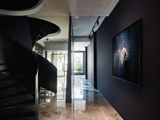 生生創研|XOR Creative Research 理絲室內設計有限公司 Ris Interior Design Co., Ltd. 樓梯 鐵/鋼 Black