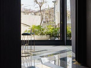 生生創研|XOR Creative Research 理絲室內設計有限公司 Ris Interior Design Co., Ltd. 地板 銅/青銅/黃銅 Amber/Gold