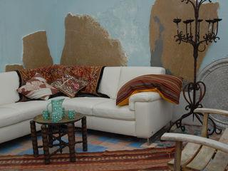 Living Room on the Terrace ARTE DELL'ABITARE Balconies, verandas & terraces Accessories & decoration Multicolored