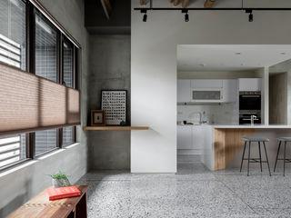 粗礦與細膩之間的完美交會 - 設計師如何選用蜂巢簾? MSBT 幔室布緹 地板 大理石 Grey
