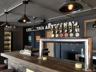 Gamma Bars & clubs rustiques