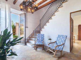 Fiol arquitectes Mediterranean corridor, hallway & stairs
