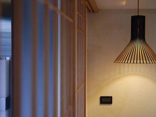 直方設計有限公司 Ingresso, Corridoio & ScaleIlluminazione