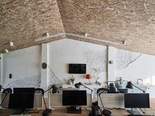 理絲室內設計|Ris Interior Design Workspace 理絲室內設計有限公司 Ris Interior Design Co., Ltd. 書房/辦公室 刨花板 White