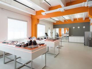 Wide Design Group Palais des congrès minimalistes