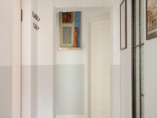 Loft Porta Maggiore Manuela Tognoli Architettura Ingresso, Corridoio & Scale in stile industriale
