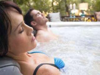 Whirlpool und Swim Spa SPA Deluxe GmbH - Whirlpools in Senden Moderner Garten