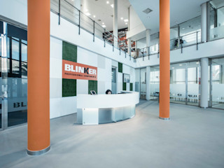Rehabilitación de oficinas en Alicante Tono Lledó Estudio de Interiorismo en Alicante Edificios de oficinas de estilo moderno Naranja