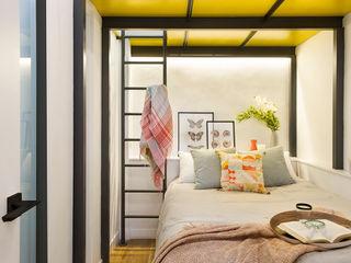 Egue y Seta Camera da letto moderna