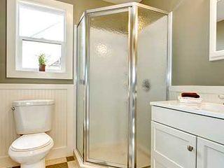 OFERTA PLUS 900€ Decobath Baños de estilo moderno Aluminio/Cinc Blanco