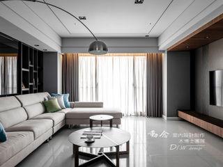 海宴 木博士團隊/動念室內設計制作 现代客厅設計點子、靈感 & 圖片 Grey