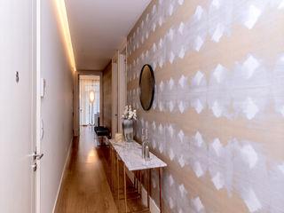 FEMMA Interior Design Modern corridor, hallway & stairs Wood