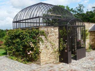 Frédéric TABARY Balconies, verandas & terraces Furniture