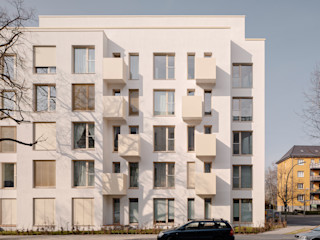 Haus mit Garten Sehw Architektur Mehrfamilienhaus Weiß