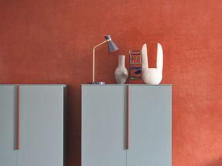 Le madie L&M design di Marelli Cinzia Sala da pranzo minimalista