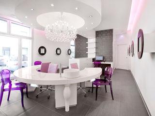 Daniele Menichini Architetti Offices & stores Ceramic White