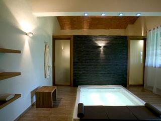 Daniele Menichini Architetti Hot tubs Tiles