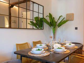 """Otro ejemplo de """"Cómo decorar y preparar mi piso turístico"""" Home Staging Bizkaia Comedores de estilo industrial Madera Amarillo"""