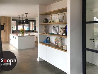 Nieuwbouw woonboerderij Twente Sooph Interieurarchitectuur Landelijke woonkamers Hout Beige